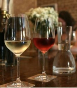 Glasses of wine in Melbourne Bar on Melbourne Private Tour